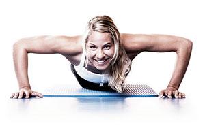 Не можете пойти в тренажерный зал? Не проблема. Есть отличные упражнения для тренировок дома.