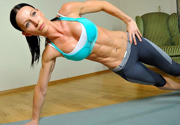 Поза планки для тренировки мышц кора